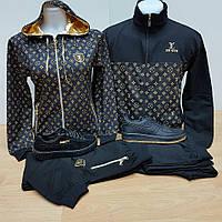 Модные костюмы с капюшоном черные с принтом LV