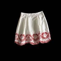 Белая нарядная юбка с вышивкой