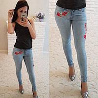 Женские стильные джинсы стрейч с вышивкой в больших размерах (DG-ат4630)