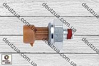 Датчик давления масла Detroit 1807369C2