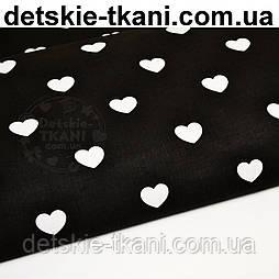 Ткань хлопковая с белыми сердечками на чёрном фоне (№ 711).