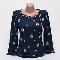 Стильная женская кофта-блуза с подвеской рисунок цветок p.42-48 цвет темно-синий T2-3