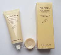 Крем для рук Shiseido Moisturizing Whitening (Шисейдо)
