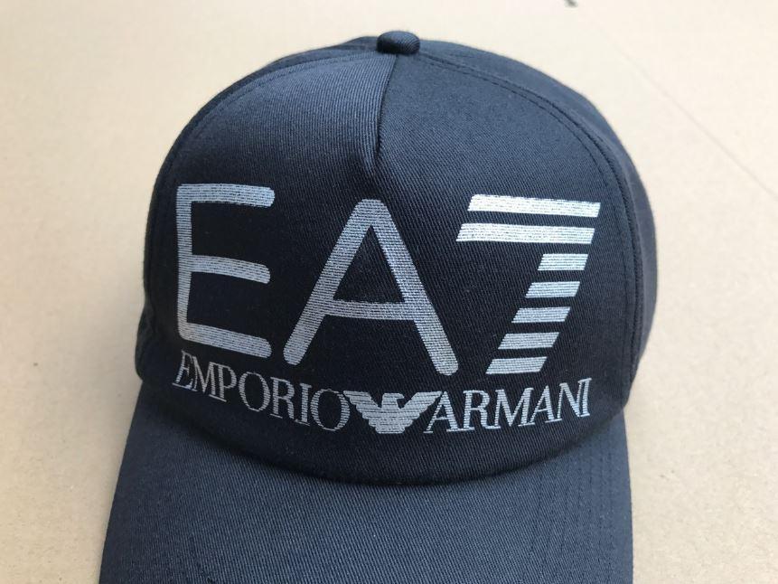 70b62f068eab Комфортные и легкие кепки бейсболки GIORGIO ARMANI. Отличное качество.  Доступная цена. ...