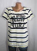 Практичная женская футболка с оригинальным декором полоска