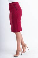 Женская юбка-карандаш с геометрическим узором Илона красного цвета