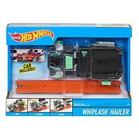 Hot Wheels Транспорт специального назначения Грузовик WHIPLASH Hauler Vehicle