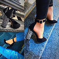 Туфли низкие черные с ремешком, каблук 10 см, натуральная замш / туфли женские модные, низкие, каблук блеск