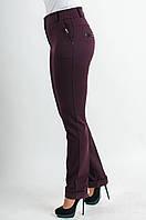 Женские брюки на манжетах бордового цвета