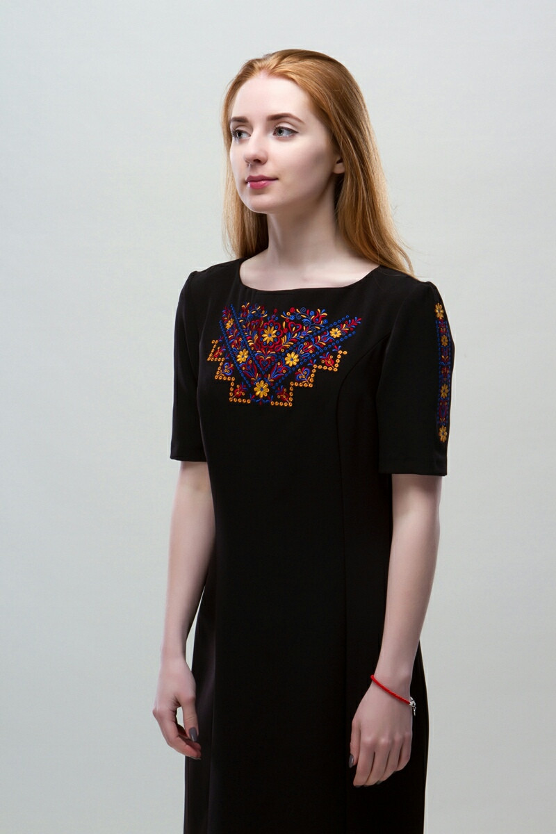 Украинские платья Мира