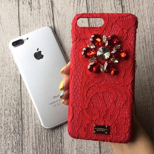 Красный чехол с камнями Dolce & Gabbana для iPhone 8/8 Plus
