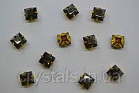 Квадраты в цапах Preciosa (Чехия) 6х6 мм Jet Hematite/латунь