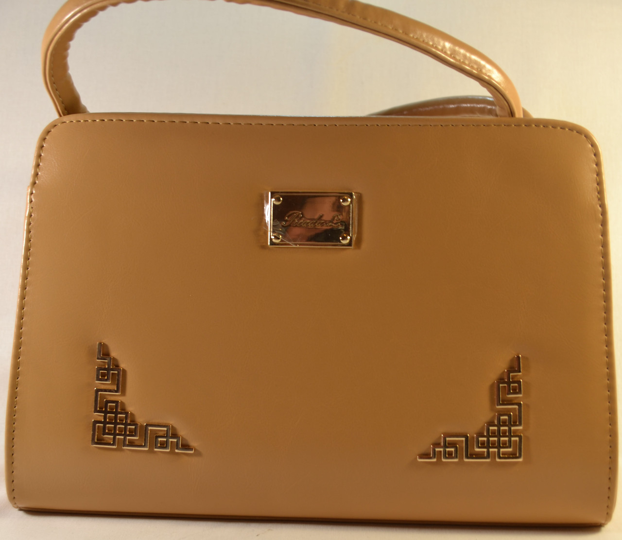 Бежевая каркасная сумка RIADA.L 678 - Интернет-магазин женских сумок, одежды и аксессуаров Dobrasumka в Луцке