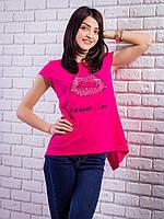 Женская футболка со стразами Губы удлиненная спинка цвет малиновый p.42-50 VM1930-3