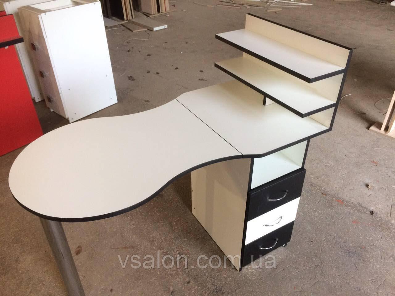 Столик маникюрный классический складной V134