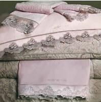 Покрывало 270х270  RoccoBarocco Atmosphere тонкое в розовом цвете