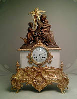 Каминные часы Богородица с Иисусом  кон 19 века, Франция