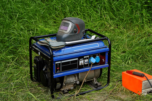 Как выбрать генератор для дома?