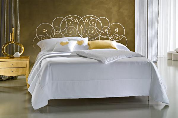 Кованая кровать ИК 238