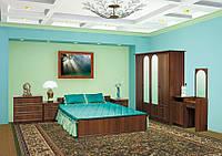 Недорогой спальный гарнитур Ким с четырехдверным шкафом. Производитель Мебель-Сервис