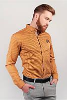 Клетчатая рубашка с вышивкой на груди