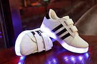 Светящиеся LED кроссовки детские, полоса черная SE