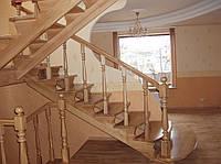Лестницы из натурального дерева  Г-образные