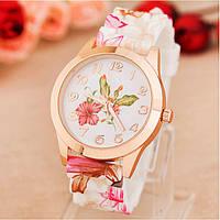 Наручные часы цветочные с силиконовым ремешком