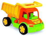 Большой игрушечный грузовик Гигант