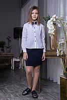 """Блуза белая школьная с синей брошью с кружевом """"Iren"""""""