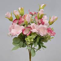 Букет шиповника розовый