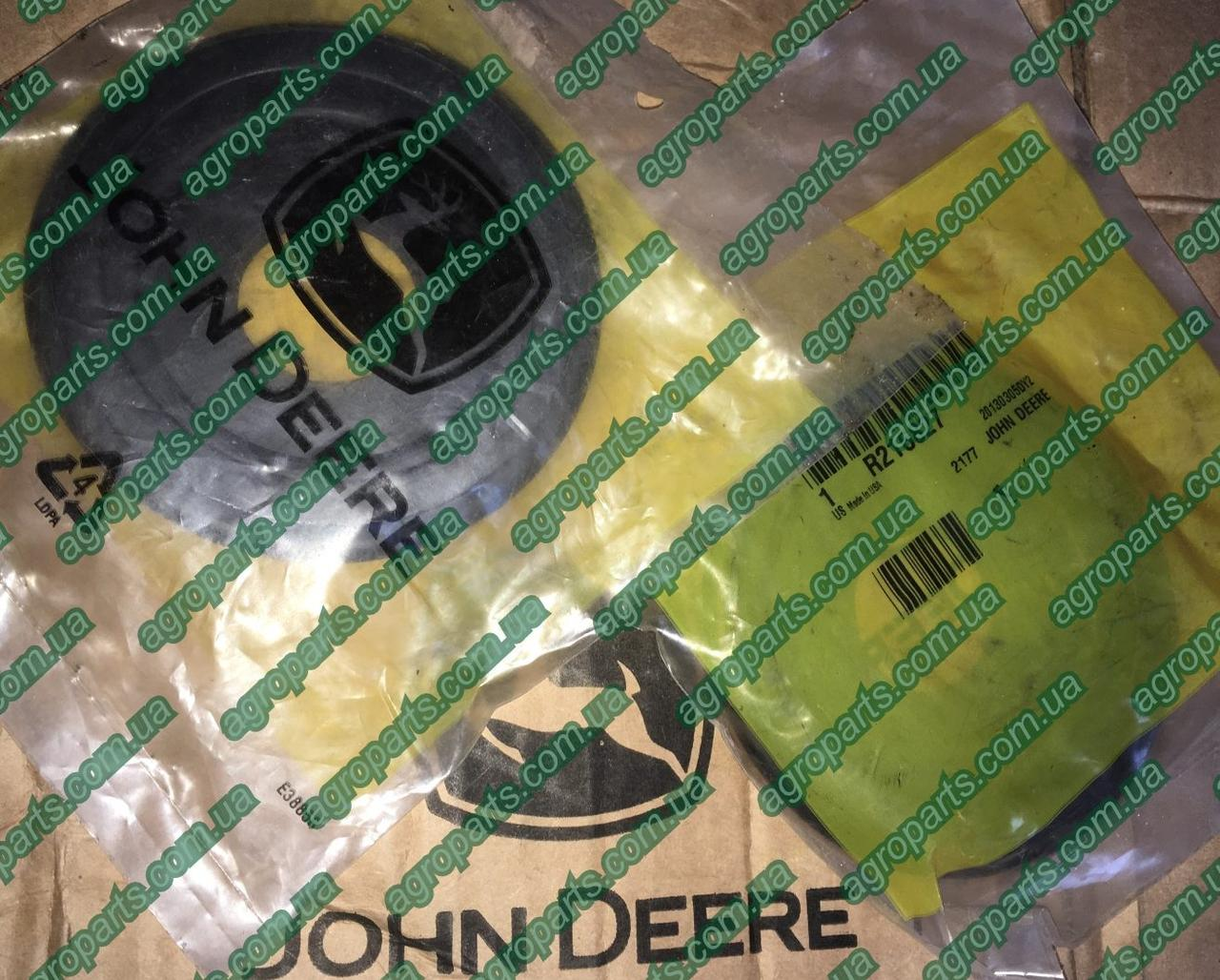 Пыльник R216827 шарнира John Deere BOOT, ILS BALL JOINT&OUTER TIEROD r216827