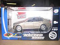 """Машина """"Мастер Класс"""" метал. батар., 2 вида, двери, свет.колеса, в кор. 13*7*7см(6012)"""