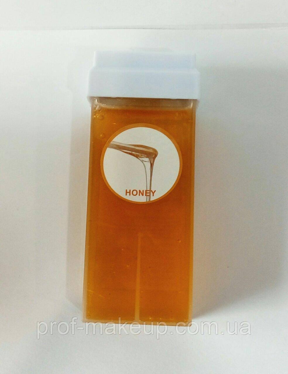 Воск для депиляции в кассете с ароматом меда.