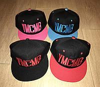 Кепки YMCMB с прямым козырьком