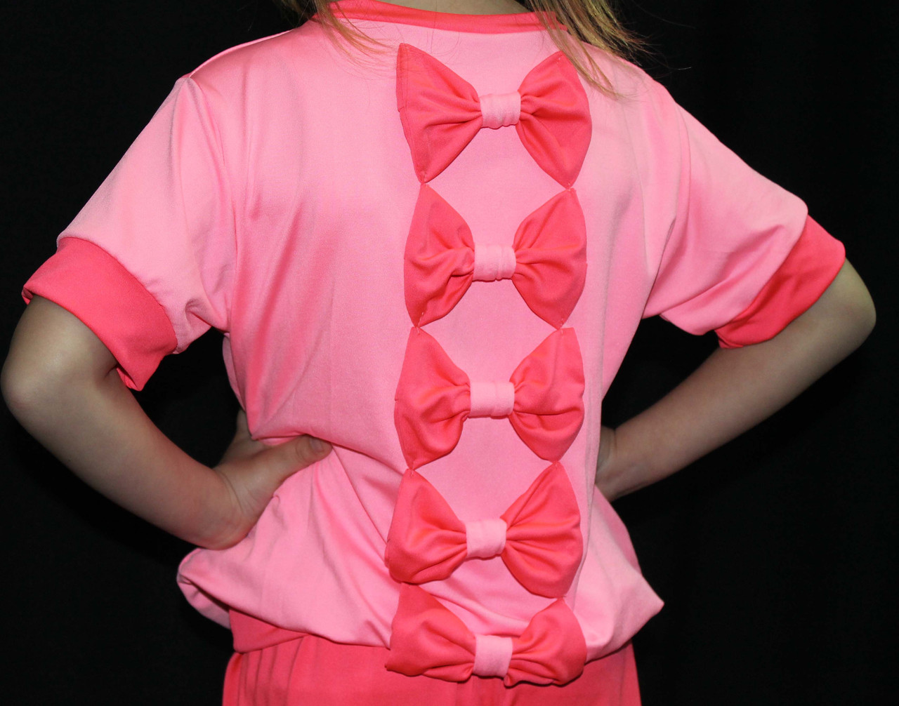 Костюм для девочки с бантиками розовое