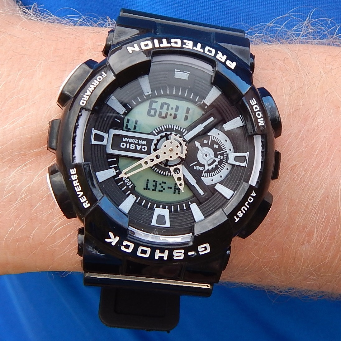 Кварцевые спортивные часы (black) - гарантия 6 месяцев