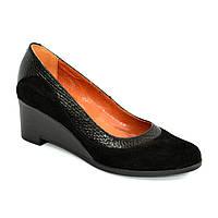 Женские классические туфли на невысоком устойчивом каблуке, натуральные замша и кожа питон