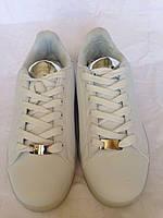 Светящиеся кроссовки с серой вставкой