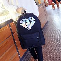 Городской рюкзак с голограммным алмазом