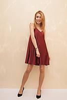 Женское платье в бельевом стиле бордового цвета