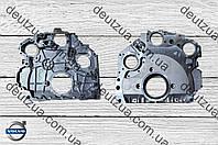 Задняя крышка двигателя Volvo 20910636