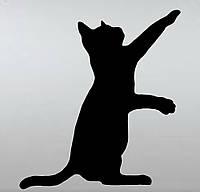 Виниловая наклейка- Котик играется  от 11х10 см