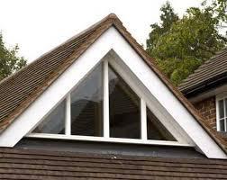 Нестандартное треугольное окно Rehau