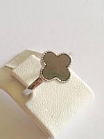 Серебряное кольцо клевер с халиотисом