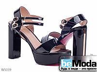 Эффектные женские лакированные босоножки Mengling Black на высоком толстом каблуке и платформе  черные