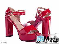 Эффектные женские лакированные босоножки Mengling Red на высоком толстом каблуке и платформе красные