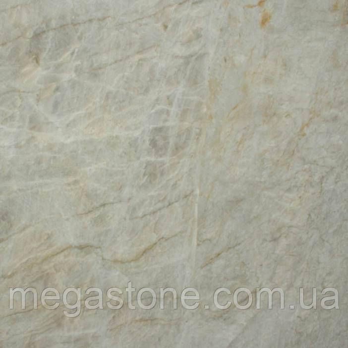 White Victoria натуральный кварц (Бразилия)  Плита 30 мм