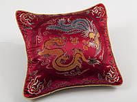 Наволочка декоративная шелковая дракон бордо 45х45