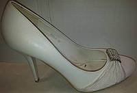 Туфли женские белые р38 CAMIDY 975-38 SADI